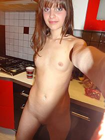 Candid schizzi di ragazza Europea nuda e carina amica.